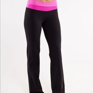 Lululemon Astro pant pink waist flare black tall
